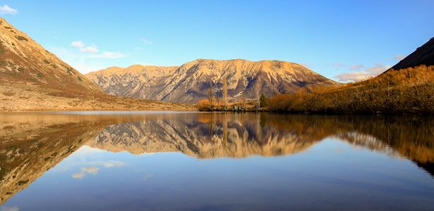 TranzAlpine lake scenery 615x300 2