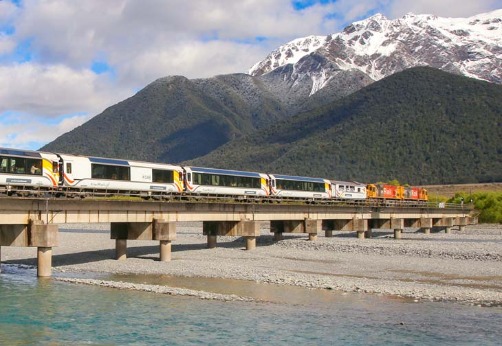 Traversse the mighty Southern Alps aboard our TranzAlpine Christchurch to Greymouth train